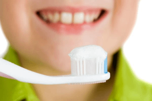 Image representing the service provider: child with toothbrush (27-08-2019_1556)